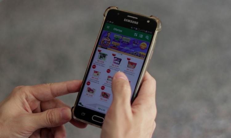 Aplicativo proporciona economia de tempo ao fazer compras em supermercados