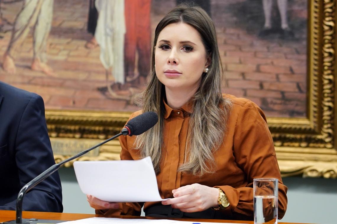 Deputada Caroline De Toni (PSL).