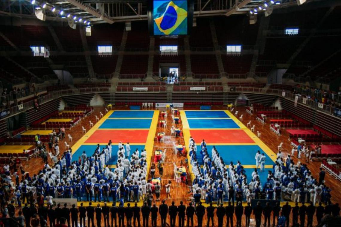 Competição reúne representantes de quase todos os estados brasileiros