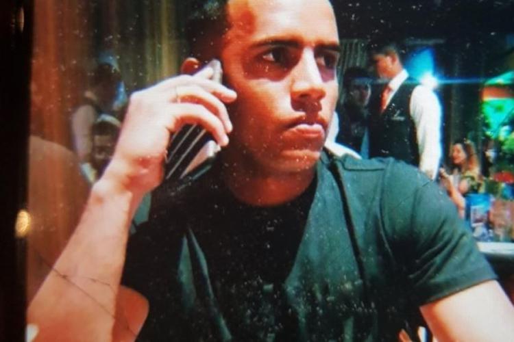 Rayanderson foi socorrido e levado para uma unidade de saúde, em Fortaleza, mas não resistiu aos ferimentos . (Foto: Reprodução Facebook )
