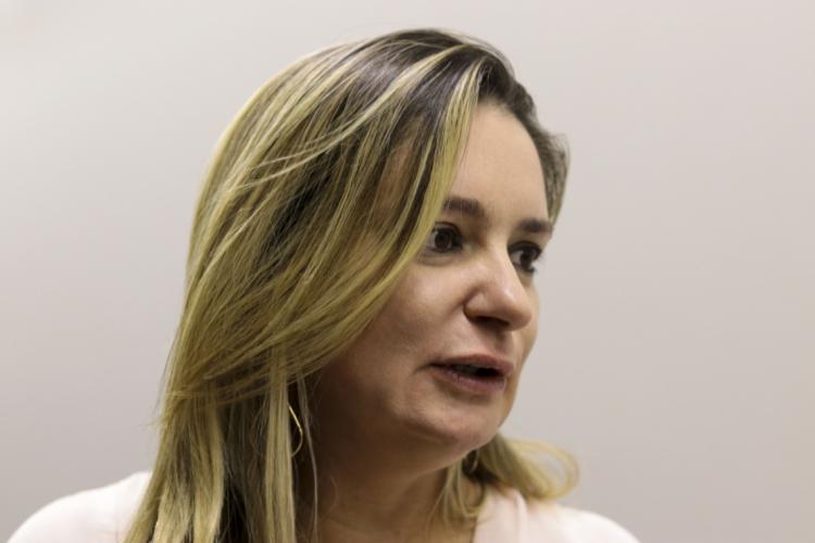 Deputada Augusta Brito é autora do projeto contra fake news (Foto: Deísa Garcêz/Especial para O Povo)
