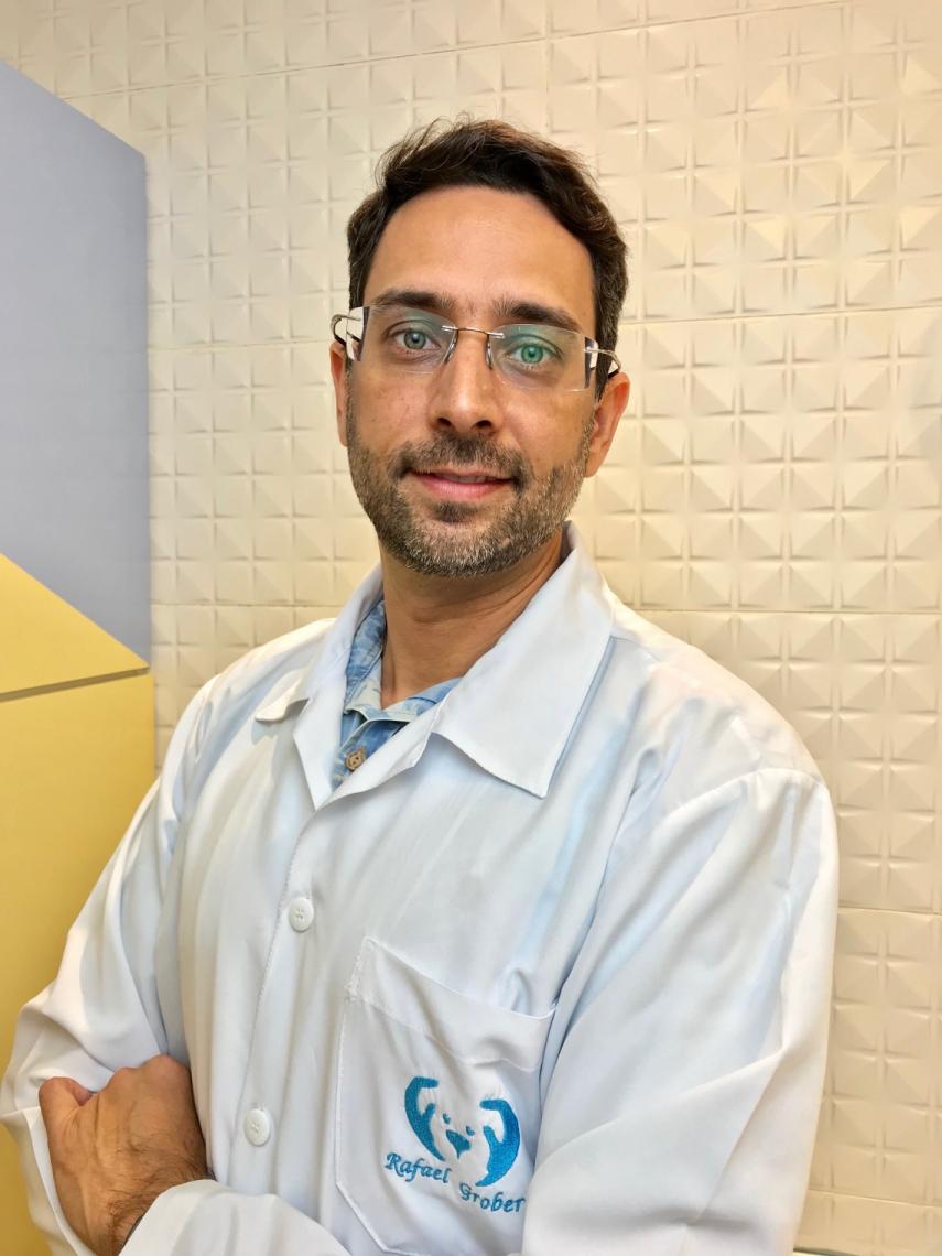 Rafael alerta para a importância da medicina preventiva nos cuidados com o pet.