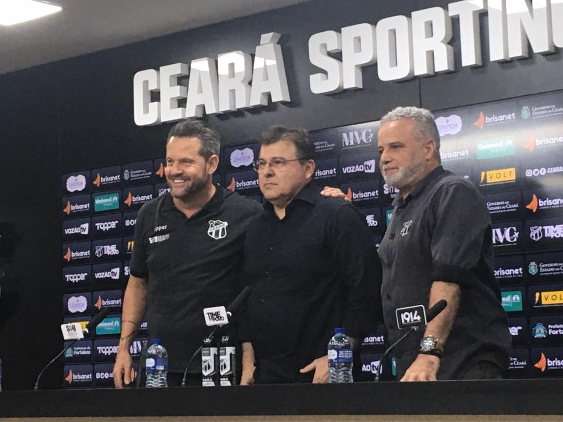 Apresentação de Argel Fucks no Ceará