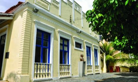 A Casa Amarela Eusélio Oliveira comemora 50 anos em junho.