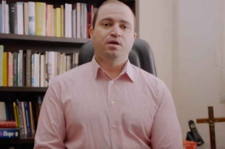 As afirmações de Mantovani foram registradas em um vídeo no seu canal no YouTube