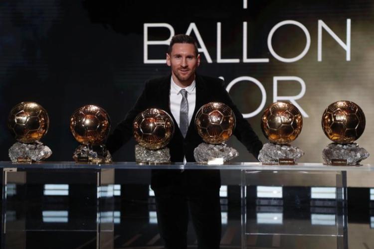 Messi conquistou seis Bolas de Ouro na carreira (Foto: Reprodução/Twitter)