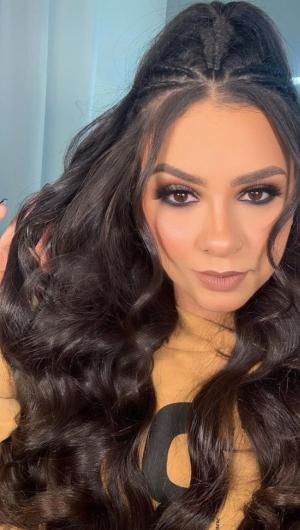 Tainá Costa tomou um susto durante apresentação no Ceará. A cantora teve de deixar o palco após tiroteio (Foto: Reprodução / Instagram)
