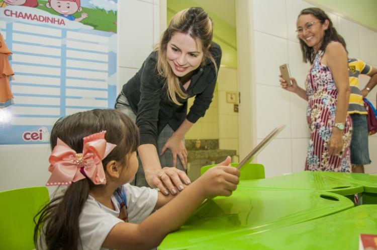 No Ceará, pelo menos 47 mil famílias estão sendo acompanhadas pelo programa Mais Infância, segundo a primeira-dama Onélia Santana