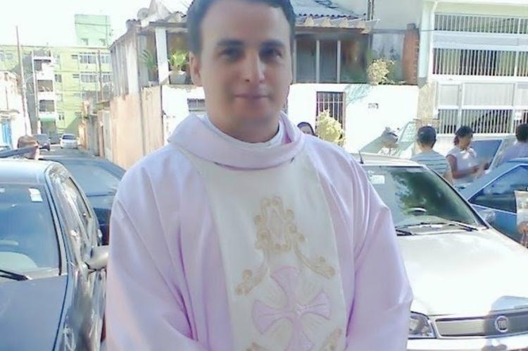 Anderson Moraes Domingues, de 43 anos, foi preso em flagrante pelo estupro de um menino de 14 anos em um shopping paulista