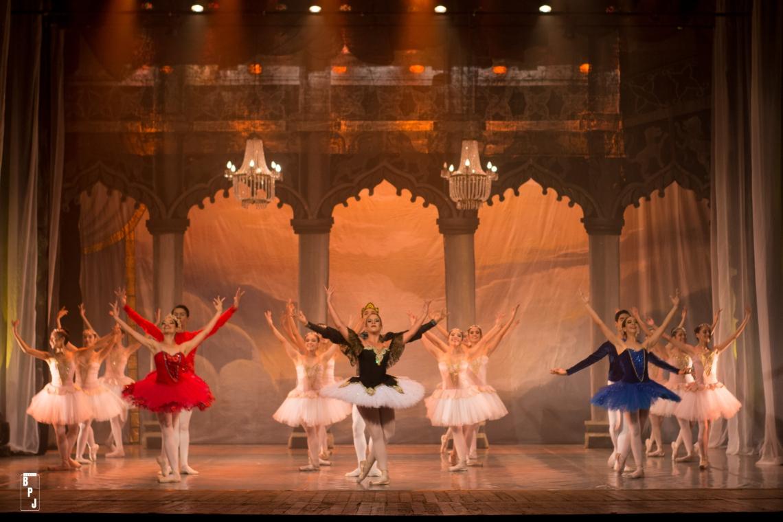 Último festival como Escola de Ballet Goretti Quintela, 'Etéreo' será apresentado nos dias 18 e 19 de dezembro no TJA
