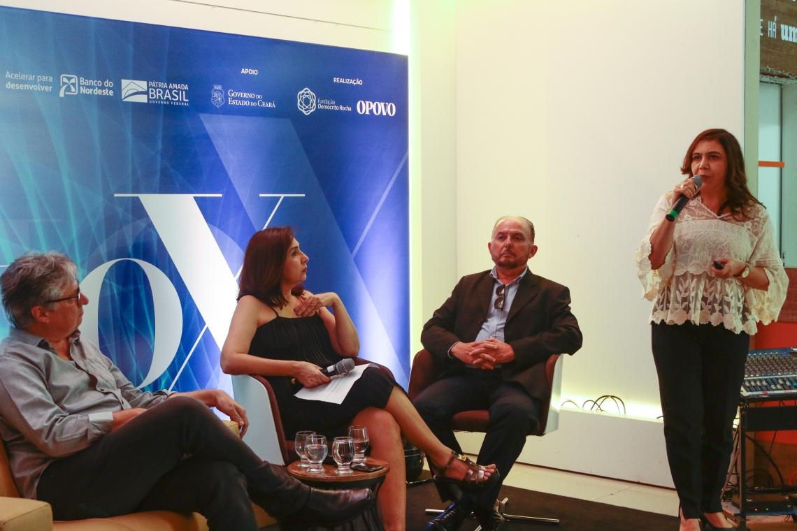 LINA ANGELA Oliveira, gerente do Hub de Inovação do BNB, palestrou no Seminário Raio X (Foto: BARBARA MOIRA)