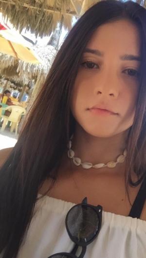 Uma das vítimas foi identificada como a estudante Thais Lopes.