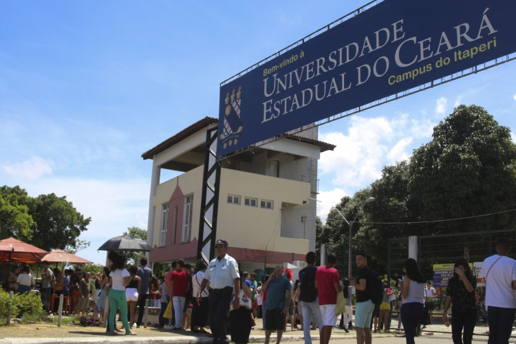 Fachada da Uece - Campus Itaperi (O POVO/ BÁRBARA MOIRA) (Foto: Bárbara Moira)