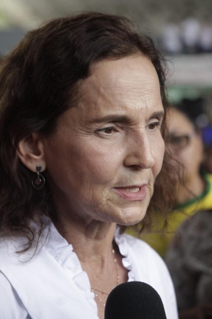 VICE-GOVERNADORA Izolda Cela afirmou que está em isolamento desde que detectou os primeiros sintomas (Foto: Sandro Valentim)