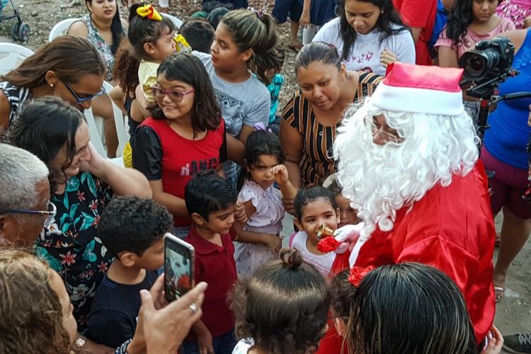 Fortaleza, Ce, BR - 17.12.19 Encerramento do Papai Noel do Correios na Associação Vidança no Bairro Vila Velha (Foto: Fco Fontelele/O POVO) (Foto: Fco Fontelele)