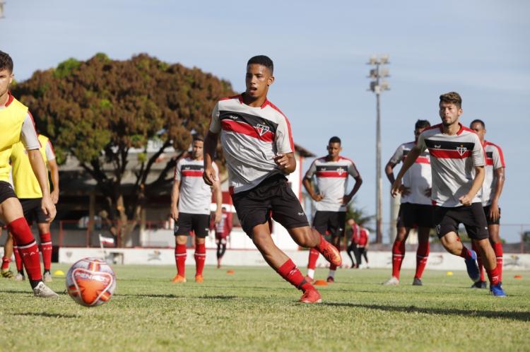 Fortaleza, CE BR - 18.12.19 Ferroviario Atletico Clube faz treinamento preparativo  para Campeonato Cearense 2020 (Foto: Fco Fontenele/O POVO)