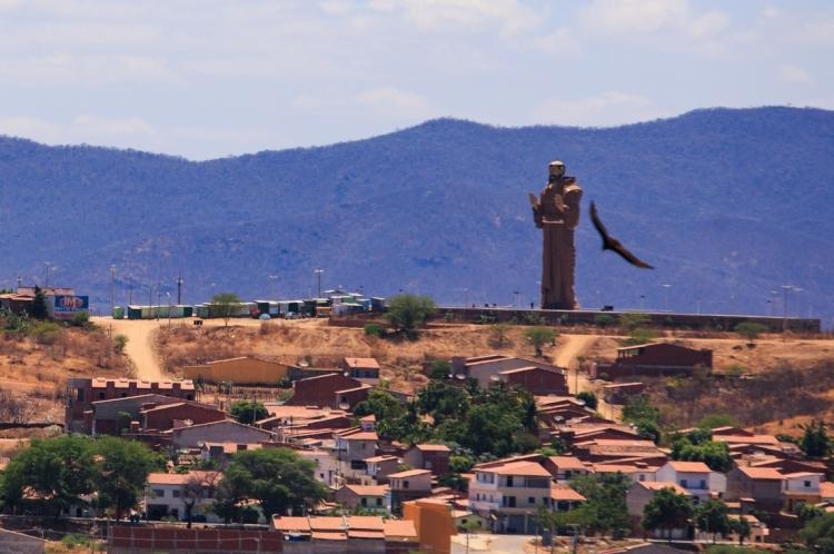 Estátua de São Francisco das Chagas de Canindé