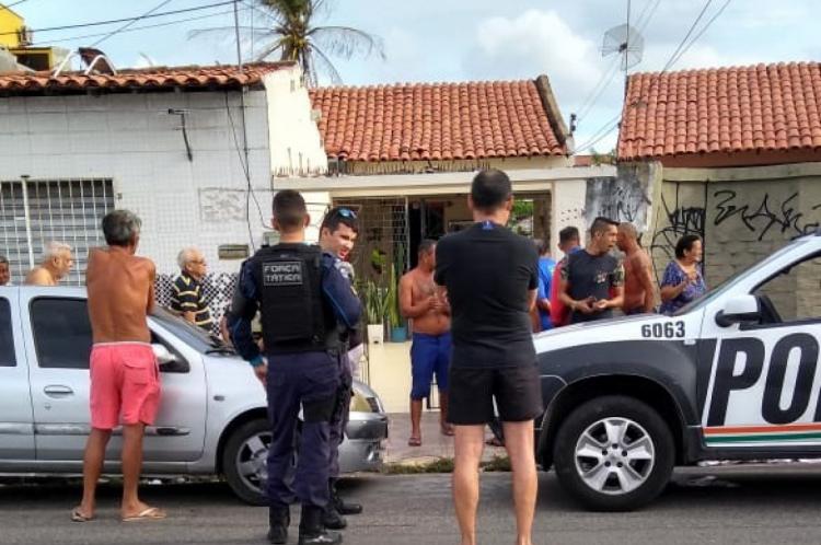 Após crime no Montese, perseguição policial parou no Vila União
