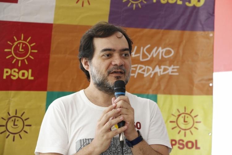 FORTALEZA, CE, BRASIL, 21-12-2019: Ailton Lopes, do PSOL. Evento de balanço 2019 do PSOL, na sua sede, na avenida do imperador, Centro. (Foto: Mauri Melo/O POVO). (Foto: MAURI MELO/O POVO)
