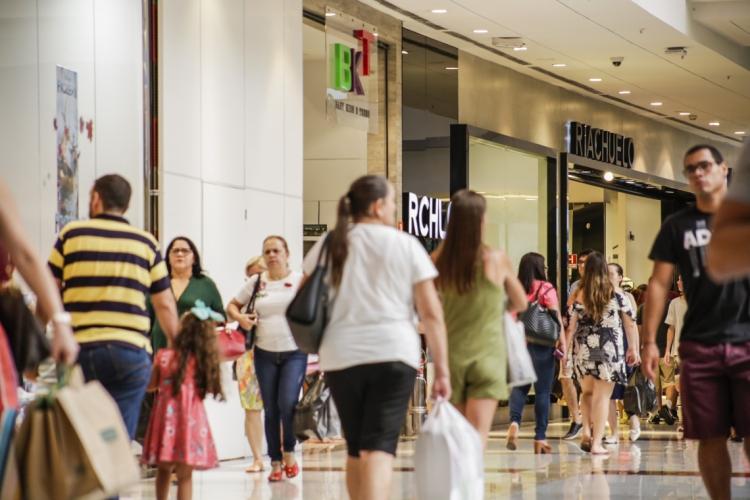 Os shoppings terão horário de funcionamento diferenciado como forma de prevenção (Foto: Thais Mesquita)
