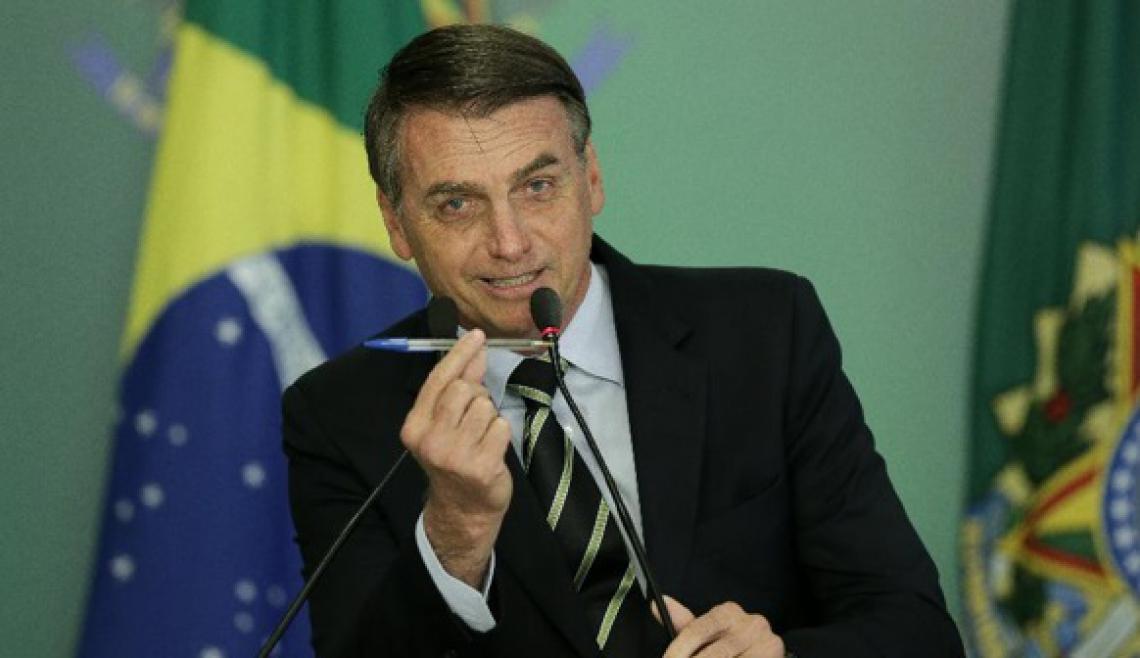 Bolsonaro sanciona a Lei Orçamentária de 2021 com veto parcial