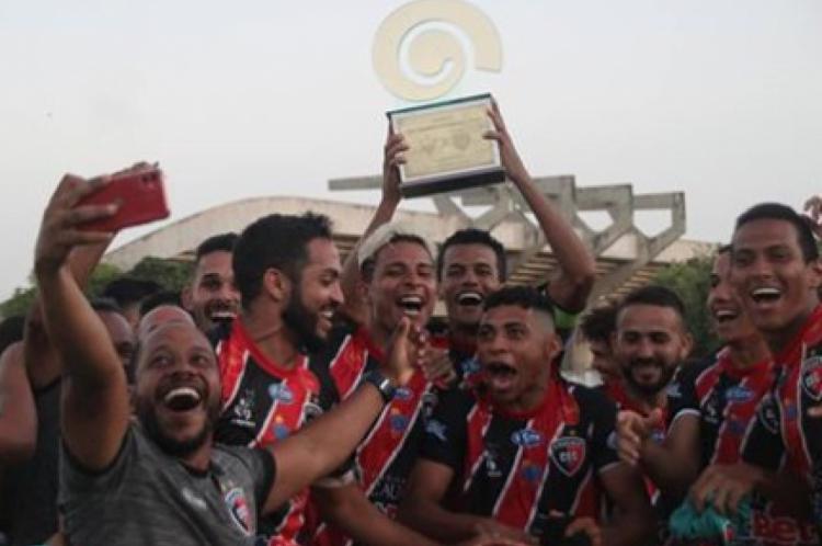 Caucaia foi campeão da Série B do cearense, também da Fares Lopes e da Taça Valdemar Caracas
