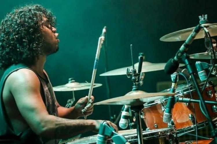 O baterista morreu no último sábado, 28