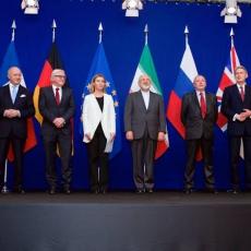Representantes da China, Rússia, EUA, França, Reino Unido e Alemanha no acordo nuclear com o Irã