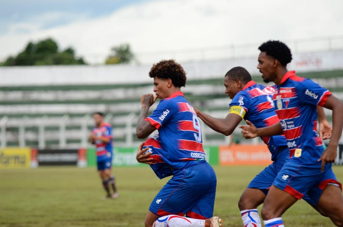 Clayvert comemora o gol marcado pelo Fortaleza na Copinha