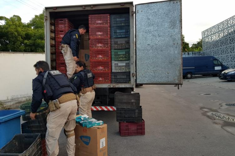 Operação da Polícia Rodoviária Federal apreendeu 90 mil maços de cigarro