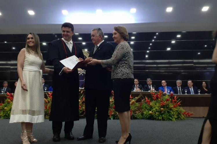 Manuel é promotor de justiça desde 1998