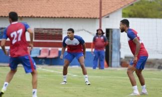 FORTALEZA, CE, BRASIL, 07-01-2020: Jogadores do Fortaleza Esporte Clube. Reapresentação dos jogadores no CT Ribamar Bezerra em Maracanaú. (Foto: Júlio Caesar/O POVO)