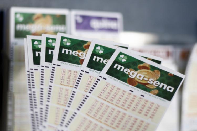 O resultado do Concurso 2222 da Mega Sena será divulgado na noite desta quarta-feira, 08 de janeiro (08/01)