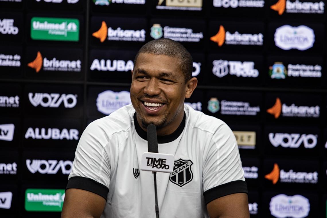 Rodrigão concedeu entrevista coletiva nesta quarta-feira, 8