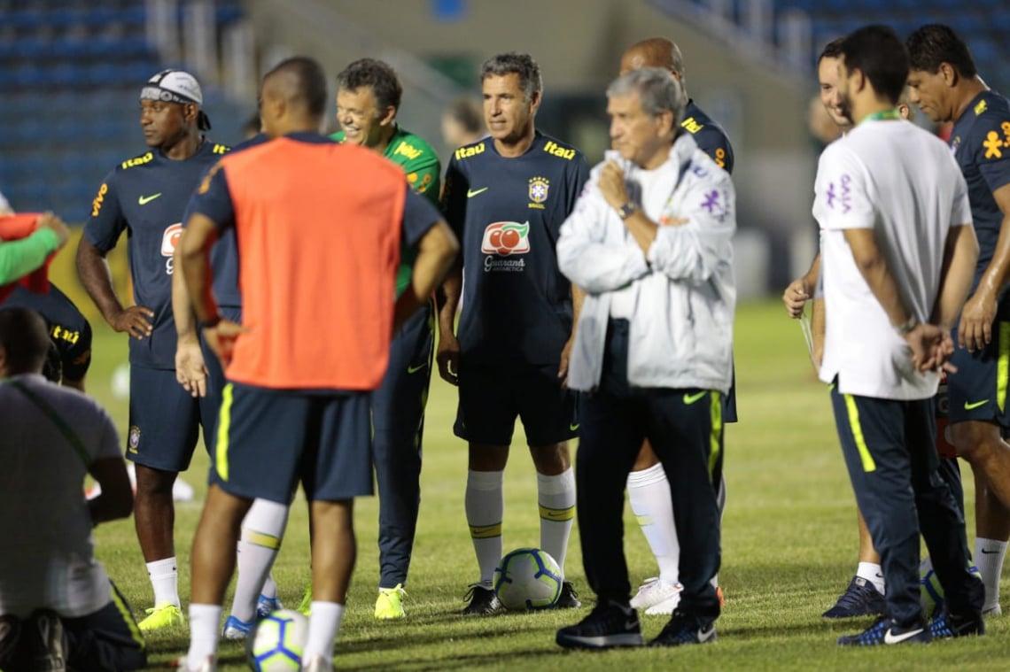 Seleção treinou no PV sob o comando do técnico Carlos Alberto Perreira.