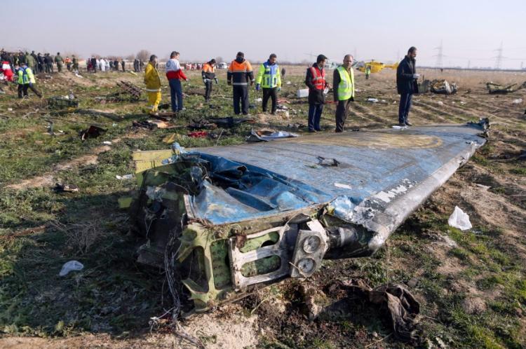 Destroços de avião ucraniano em Shahedshahr, sudoeste da capital Teerã, no Irã.