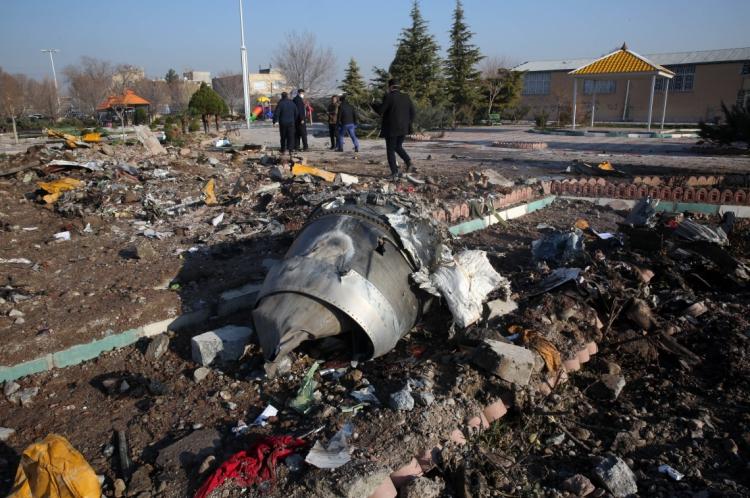 AVIÃO ucraniano tinha 176 pessoas a bordo, a maioria canadenses e iranianos. Ninguém sobreviveu