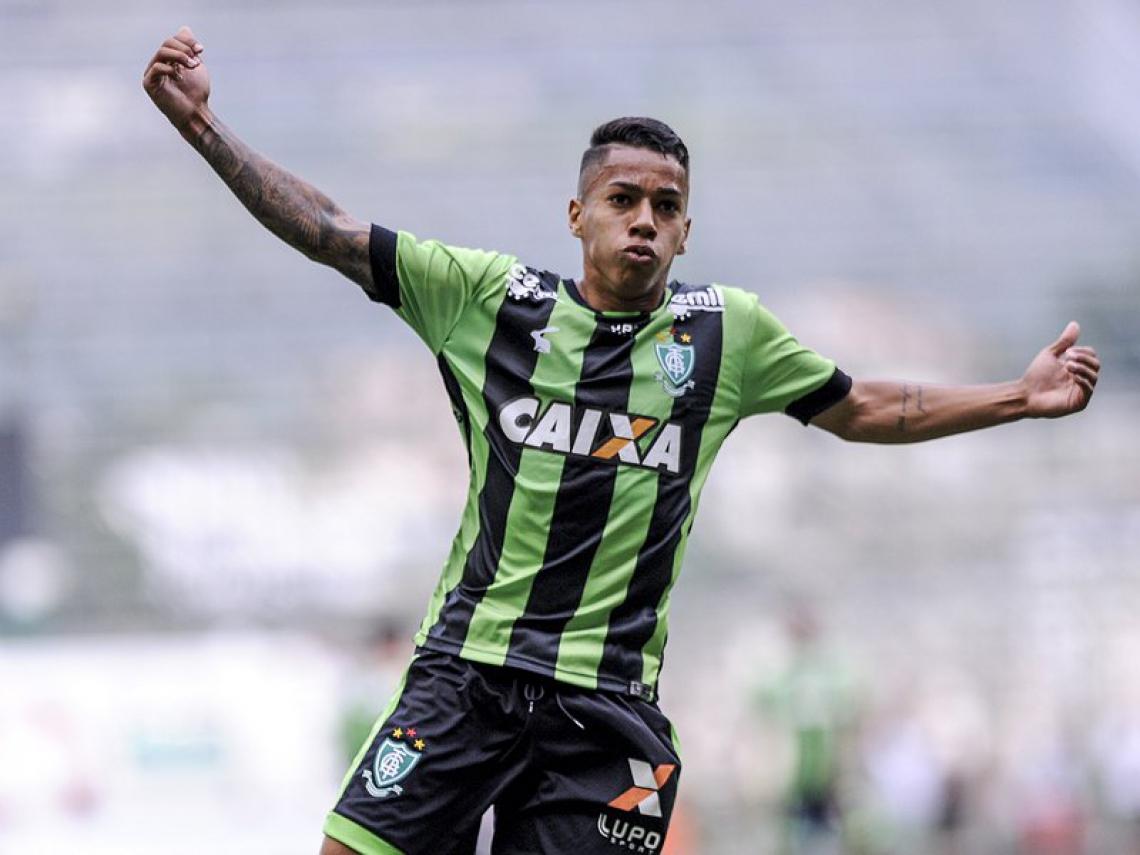 Matheusinho foi revelado pelo Coelho, onde fez nove gols em 2019