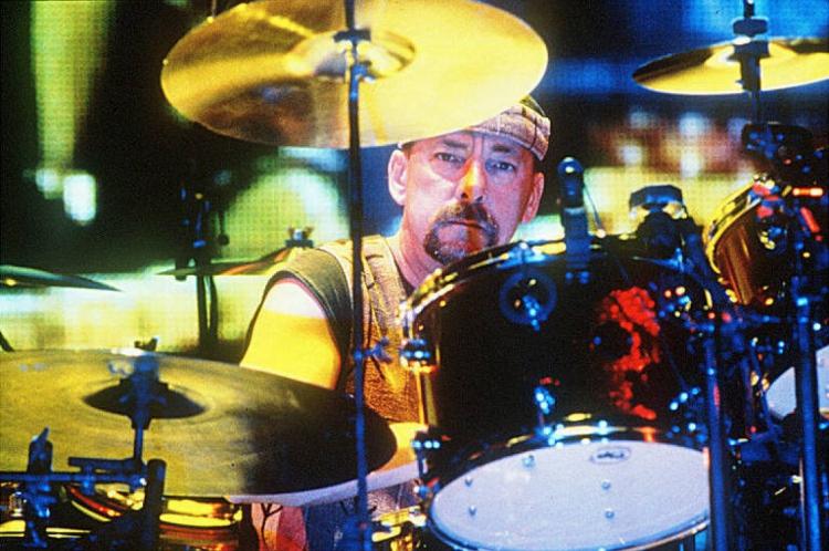 O baterista estava em hiatus desde 2015