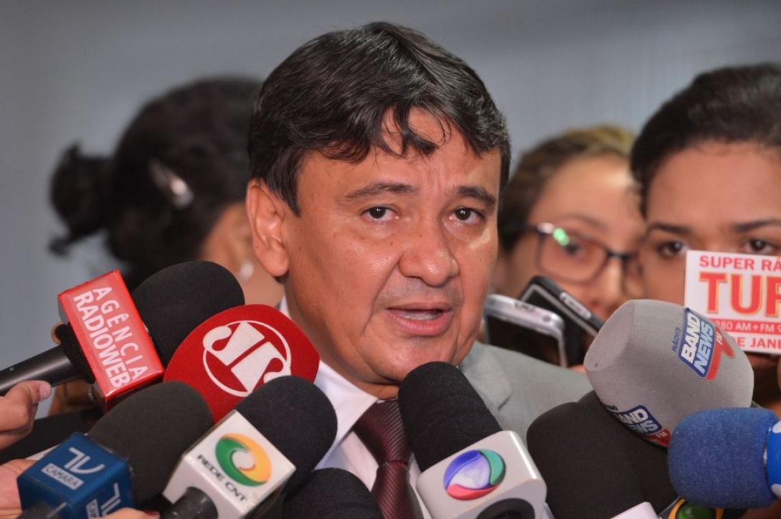 Wellington Dias coordena Fórum (Foto: Antonio Cruz/Agência Brasil)