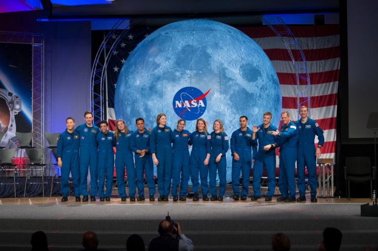 Seis mulheres se graduaram como astronautas pela Nasa na última sexta, 10