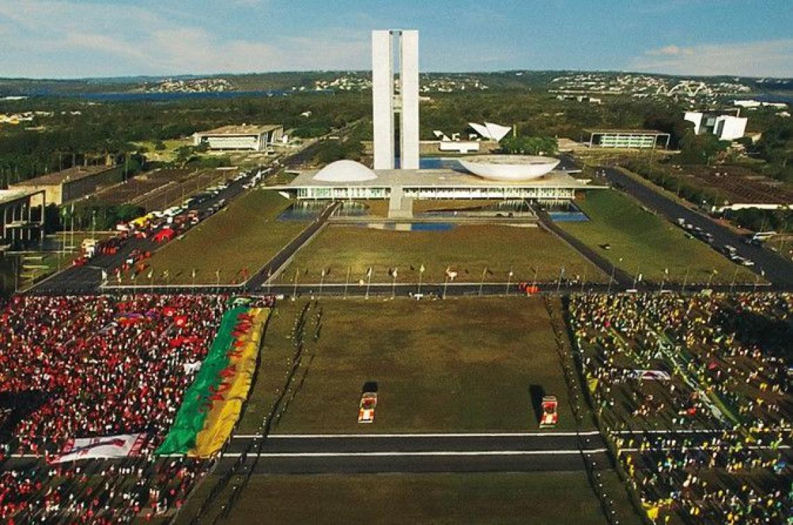"""O brasileiro """"Democracia em Vertigem"""" foi indicado ao Oscar de Melhor Documentário"""