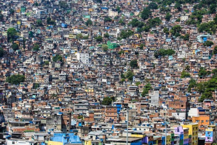 O deputado Carlos Minc (PSB) disse que o governo do estado pode estar perdendo o prazo ideal para começar a prover os locais (Foto: Tasso Marcelo/Fotos Públicas)
