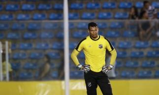 FORTALEZA, CE, BRASIL,17-01-2020: Goleiro Diogo Silva. Jogo amistoso Ceará x Safece, estádio Presidente Vargas.  (Fotos: Beatriz Boblitz/O Povo)