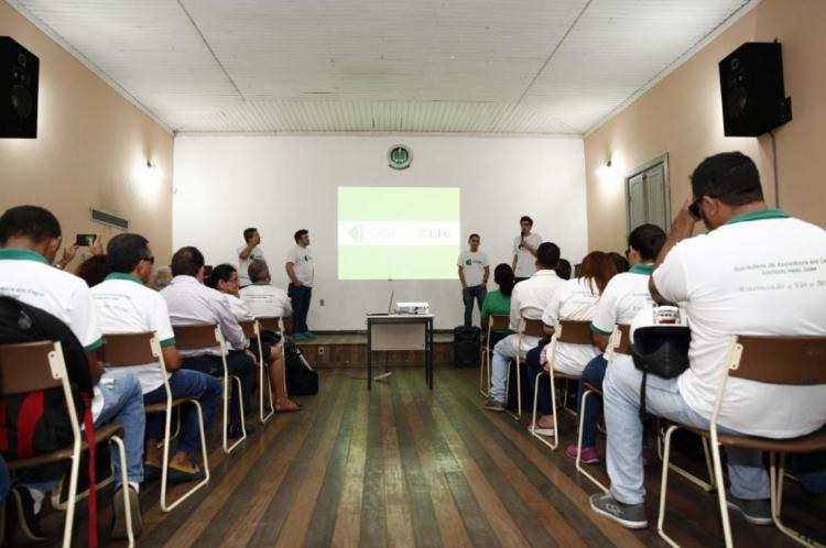 Auditório do Instituto dos Cegos, uma das instituições credenciadas para atender estudantes com deficiência visual em Fortaleza