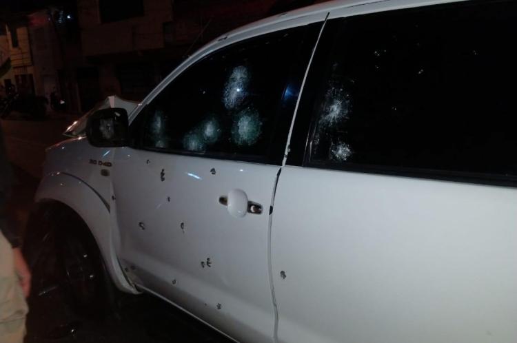 Eder atropelou duas mulheres. As duas vítimas foram levadas a Santa Casa de Misericórdia de Sobral, onde estão sob observação