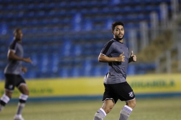 Felipe destacou a versatilidade de posições onde pode atuar no meio de campo.  (Foto: BEATRIZ BOBLITZ)