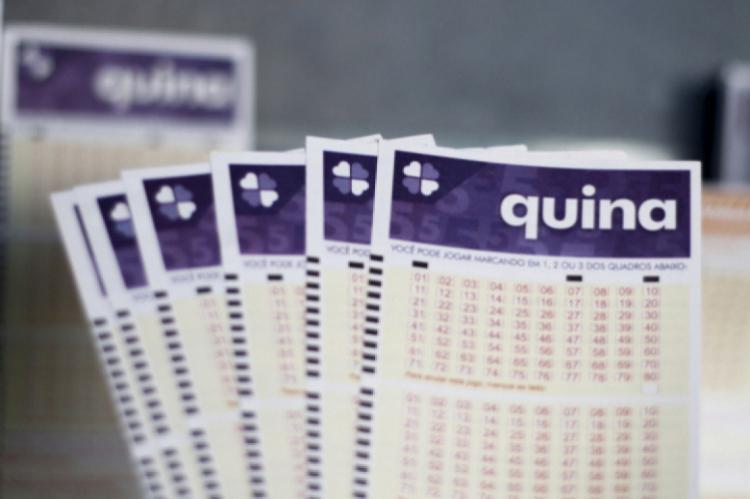 O resultado da Quina Concurso 5176 foi divulgado na noite de hoje, terça, 21 de janeiro (21/01). O prêmio da loteria está estimado em R$ 1,5 milhões.