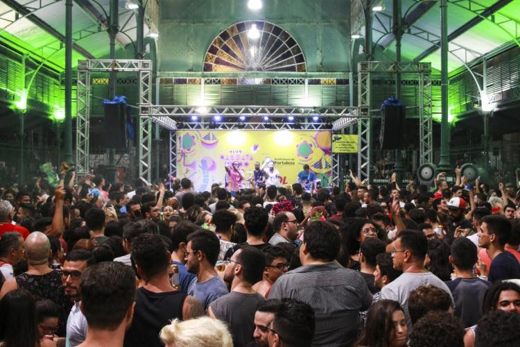Segundo final de semana de pré-carnaval de Fortaleza no Mercado dos Pinhões com a Superbanda.  (Foto: 08.02.2019 Tatiana Fortes)