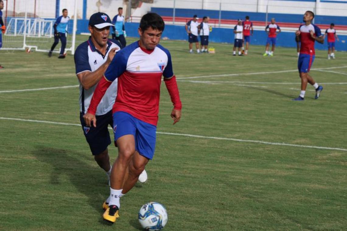 Osvaldo seguirá no Tricolor do Pici